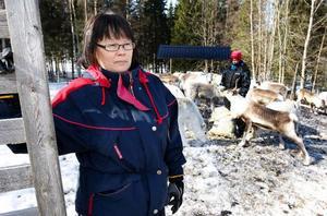 – Det var en otäck stämning i byn dagarna efter olyckan, säger renägaren Aili Nilsson. Man vet ju inte om det kan hända igen, men det går ju inte vara orolig jämt, säger hon.