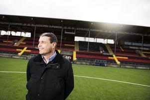 ÖFK:s ordförande Daniel Kindberg, är oerhört stolt och glad över supporterföreningen Falkarna. Arkivbild