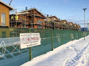 Byggnationer vid Djupestrand.