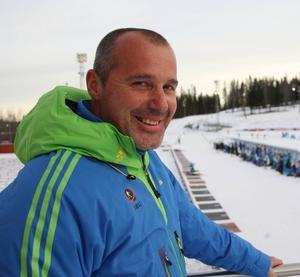 Tävlingschef Borut Nunar vill inte tala om någon plan B ännu när det gäller Hochfilzen, men han är oroad över värmen och sträcker sig ändå så långt som att Östersund är aktuell som reservort.
