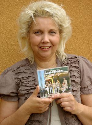 Britt-Marie Dalgärde har skrivit låt åt Lasse Stefanz.