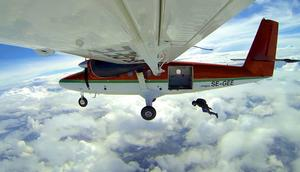 – Man glömmer att det är extremt när man är fallskärmshoppare, säger Lars Eklund, nybliven SM-vinnare i speed skydiving.