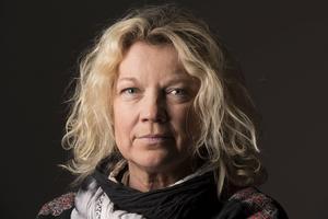 Fotografen Elisabeth Ohlson Wallin stafettlöper för klimatet i
