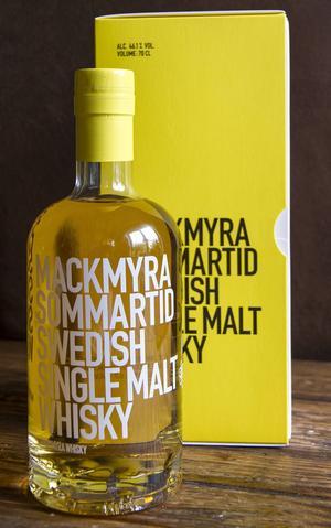 Vår dryckesrecensent Sune Liljevall tycker att Mackmyras nya whisky är välgjord, men kanske inte så spännande i jämförelse med några av det lokala destilleriets tidigare lanseringar.
