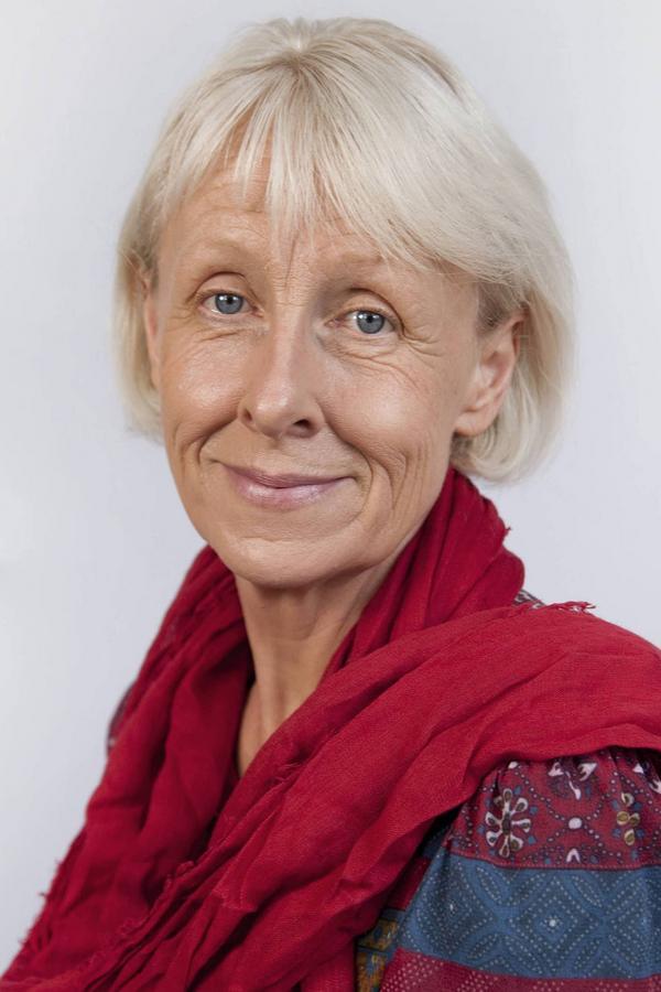 Marie-Louise Olsson Rautalinko, stiftsjurist, kommer till Härjedalen för att diskutera framtiden för församlingarna i landskapet.