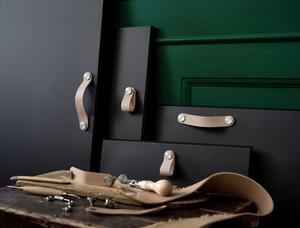 Läderhandtag Östernäs för luckor och lådor från Ikea.