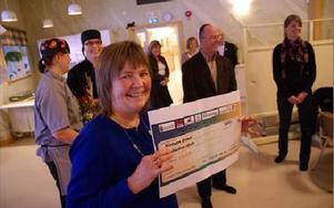 Rektor Lena Bäcklund är stolt att Junibackens skola i år anses bäst uppfylla god matkultur, hälsofrämjande skolmåltid och hållbara konsumtionsmönster av alla skolor i Dalarna.FOTO BOO ERICSSON