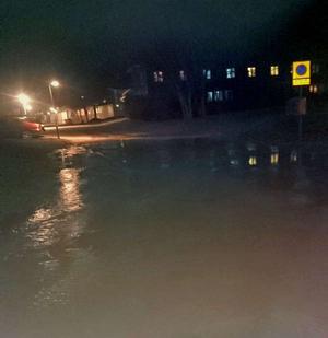 På lördagskvällen drabbades Borlänge av en stor vattenläcka.