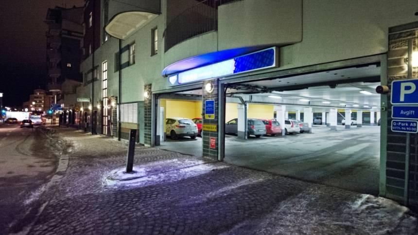 Bilkapare slog till pa soder i stockholm