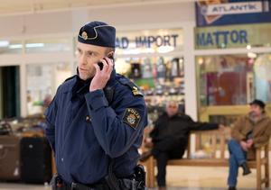 Fredrik Malm är närpolis.