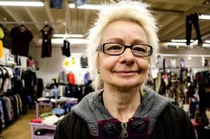 Tidigare har Solveig Sefastsson arbetat som både svetsare och påklädare till Christer Lindarw i After Dark.