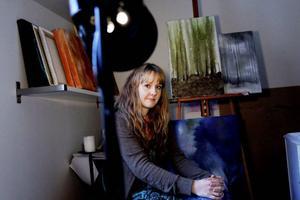 I sin egna lilla ateljé har Ellenor Ågevall hittat sin egen stil.