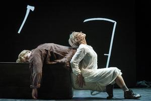 Dansen är ett centralt inslag i den nya uppsättningen av