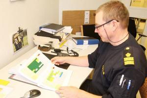 Biträdande närpolischef Mats Turdell är ansvarig för schemaläggningen i Näpo Syd, polisen i Härjedalen.