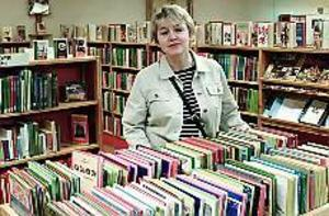 Arkivfoto: LASSE HALVARSSONUpprörd. Åsa Wirén Jonsson, bibliotekschef i Sandviken, har reagerat starkt på planerna att placera politiker i folkbibliotekets lokaler.