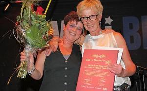 Sussie Sedig Hamp och Elisabeth Petersson som driver damklädesbutiken Femminile fick pris som Årets nyföretagare 2012. Foto: Anders Norman/DT