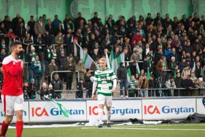 Simon Johansson, VSK Fotboll, gjorde 1+1 mot Luleå i den första halvleken och fyllde på med en assist även i andra för totalt 1+2=3 poäng i matchen.