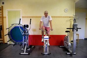 Tränar. Kvalificerad rehabilitering är viktig för äldre, framhåller personal. Bilden är från annan ort.               Foto: Janerik Henriksson/Scanpix