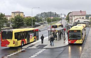 Den nya busstationen på Södra Hamngatan är navet i den kommunala kollektivtrafiken.