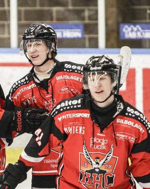Bröderna Pontus och Linus Wernerson Libäck har förlängt kontrakten med Hudiksvalls HC över nästa säsong.
