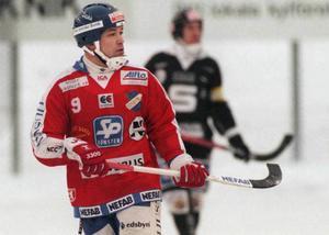 10. Hårdskjutande Igor Gapanovich, här i edsbytröjan, tar plats på topp 10-listan.