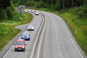 – Merparten av våra bilar drivs fortfarande med fossila drivmedel och det är viktigt att alla bilister tar ställning till vad man fyller tanken med, säger Anders Huss, kommunikationsdirektör på Statoil i ett pressmeddelande.
