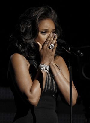 "Jennifer Hudson sjöng Whitneys gamla jättehit ""I Will Always Love You""."