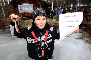 Fina fisken var Samuels abborre på 56 gram. Det innebar att han vann köket värt 15 000 kronor.