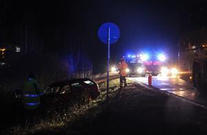 Trafiken flöt obehindrad förbi olycksplatsen, nära E-Center.