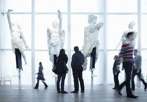 Marinmuseum i Karlskrona har sommartid haft långa köer trots relativt hög entréavgift. Med gratis entré hoppas museet på fler besökare även under lågsäsong.