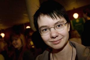 Allmänbildad. Maria Sörgard gillar frågesport och läser tre tidningar varje morgon. Nu kan hon stoltsera med en länsvinst i nutidsorientering.