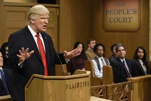 Alec Baldwin som Donald Trump.