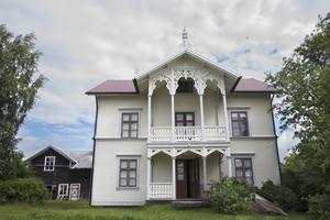 Cecilia och Martin köpte huset för dess storlek och charm.