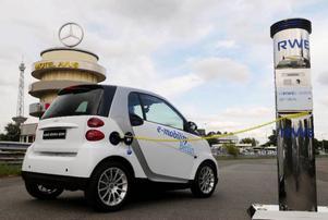 Bild 4: Den lilla Smart Fortwo i elbilsversion är moderföretaget Mercedes bidrag till elbilsprojektet i Berlin.Foto: Smart