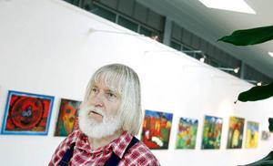 """Rolf Kjellberg  sörjer över att målarskolan måste läggas ner.  """"Jag har utvecklats som pedagog och fått många goda vänner – men det egna måleriet har förstås fått stå tillbaka""""."""