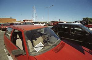 Problem. P-övervakningsföretaget PBB skrev ut massor av böter under sommaren 1997. Men polisen skrev av alla böter som överklagades. Foto: Torbjörn Carlsson/HGbild