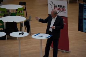 Anders Hansson driver sedan 2003 Dala Media AB och har en bakgrund som reporter på Falu Kuriren.