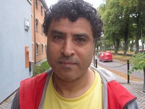 Antonio Ibrahim, 48 år, arbetslös, Öster:– Det kan bero på att det skrivs så mycket negativt om invandrare.