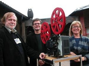 Filmtajm. Örjan Hamrin, Pers Göran Olsson och Märta Kallur bjuder in till en filmkväll i Kulturhuset i nostalgins tecken. Foto:MatsLaggar