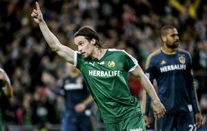 Linus Hallenius byter Hammarbytröjan mot Helsingborgs.