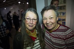 Sonia Larsson och Birgitta Ricklund kickstartade kulturhuvudstadsåret med att berätta om hur de ska gå i samiska spår.