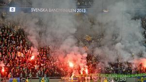 Bild från SM-finalen 2013 mellan Hammarby och Sandviken på Friends Arena.