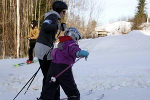 Många skidåkare fick kämpa med det isiga underlaget.