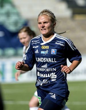 Tova Torstensson är tillbaka över sommaren.