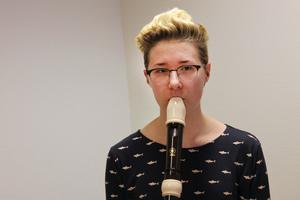 Emma Granlund upptäckte folkmusiken genom Hälsinge låtverkstad.