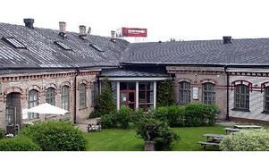 Riksdagsledamoten Kenneth Johansson (C) är i dag tyst om Säters film- och biografmuseum.