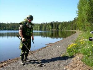 Militären har tidigare letat genom delar av Bynäset efter skarpladdad ammunition.