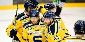 Nicolai Meter och Sebastian Dyk var SSK:s hjältar när laget vann mot Almtuna i september. Foto: Jonas Ljungdahl / Bildbyrån