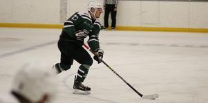Jonathan Lundqvist gjorde tre mål när Sala Hockey besegrade SHK HC med 7-1.
