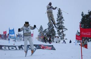 Senast det tävlades i puckel på Idre Fjäll var 2003 i samband med SM. På bilden ses Jesper Rönnbäck  och Anders Junell.